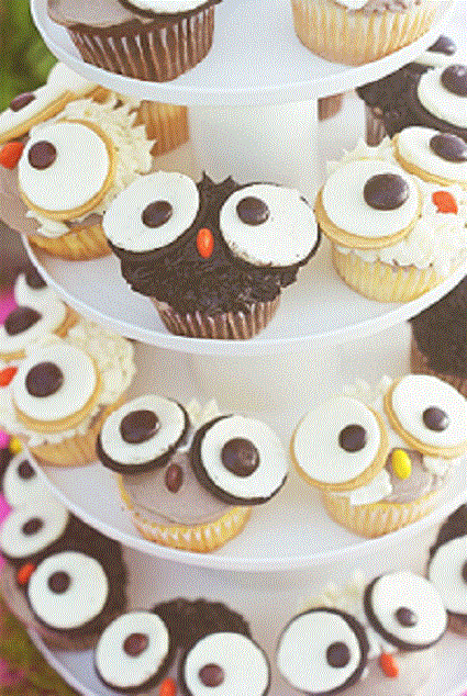 Easy, DIY woodland owl cupcakes for a baby shower or birthday party