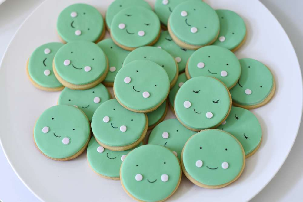 image of pea pod baby shower cookies