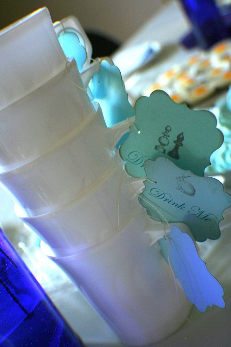 picture of alice in wonderland party decor