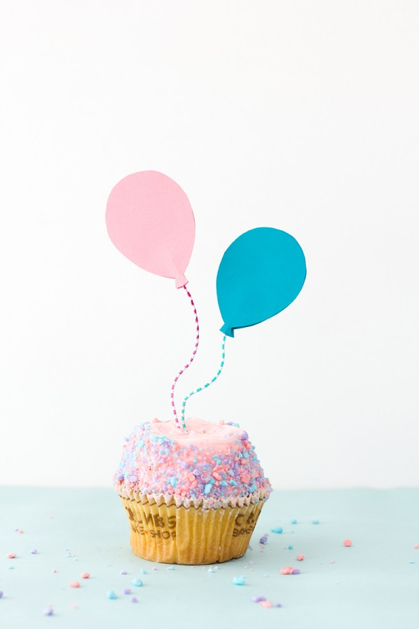 picture of pastel balloon cupcake toppers