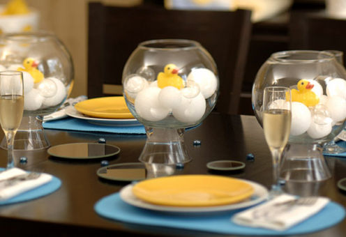 Rubber Duck Baby Shower Centerpieces http://www.cutest-baby-shower-ideas.com/baby-shower-duck-theme.html