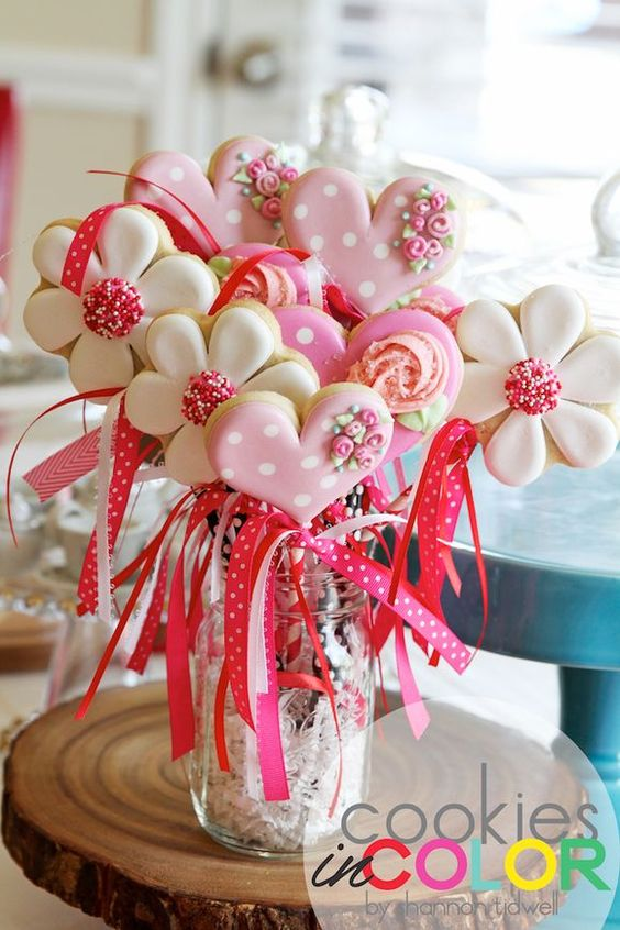 image of a baby shower cookie bouquet