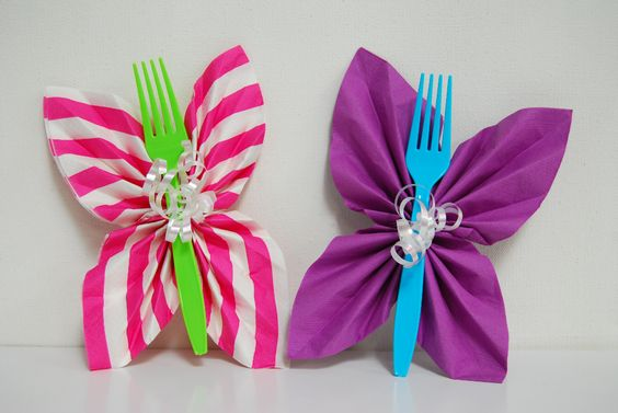 Easy DIY butterfly napkins picture