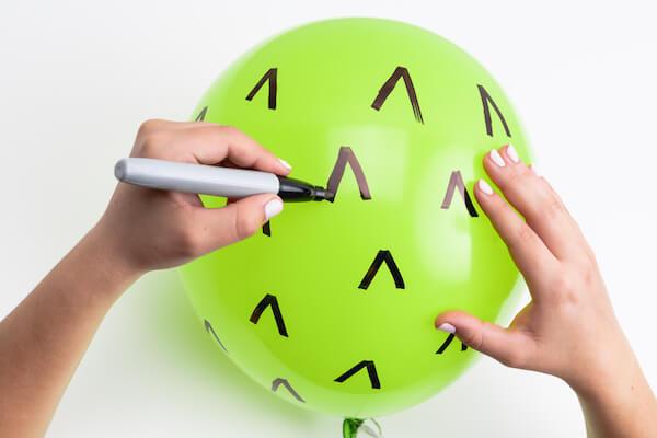 DIY cactus balloon tutorial