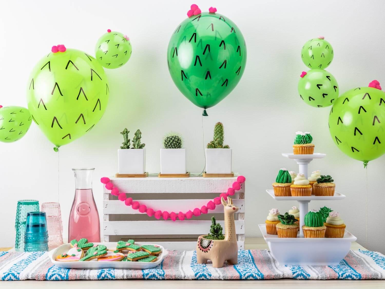 DIY cactus balloon party
