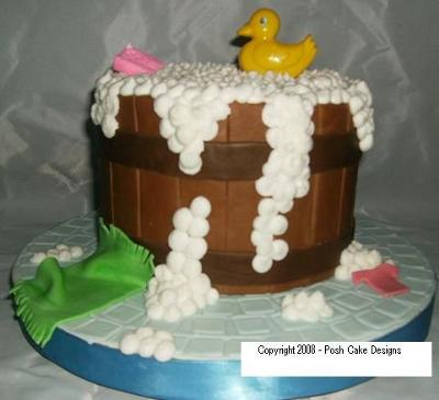 picture of a Duck Baby Shower Cake with bubbles
