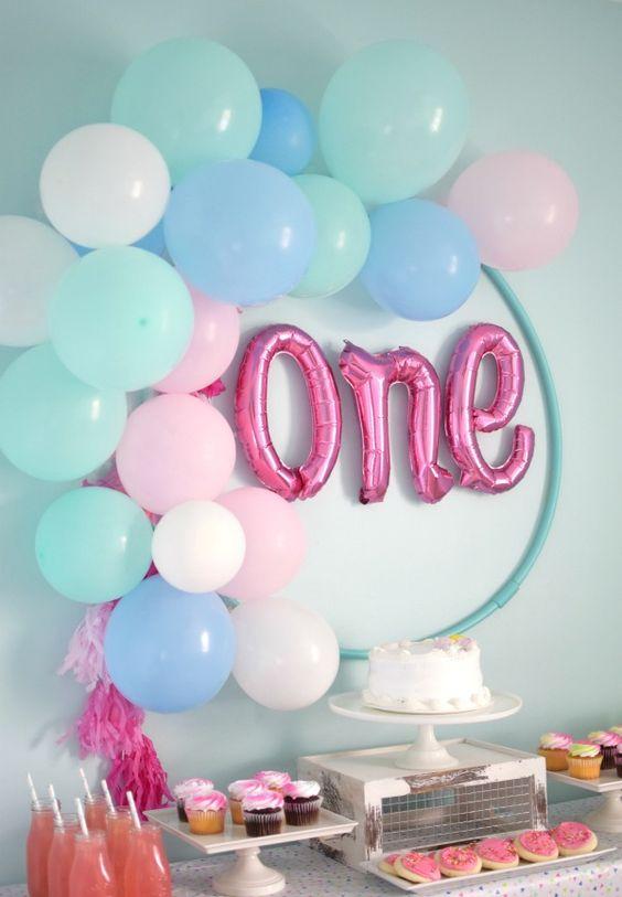 Balloon Hula Hoop Wreath