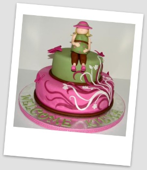 picture of a pink mod mom cake