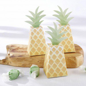 picture of pineapple favor boxes