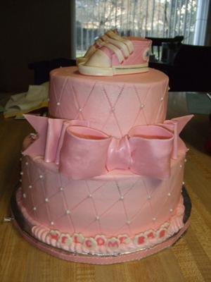 pink converse cake picture
