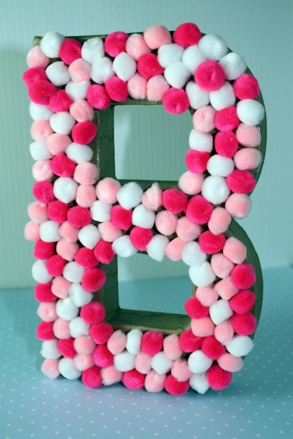 picture of pom pom baby shower centerpiece tutorial