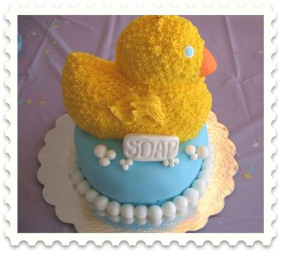 Image of a Duck Baby Shower Cake With Bubbles