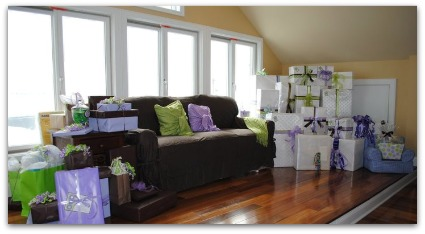picture of sip n see baby shower decor