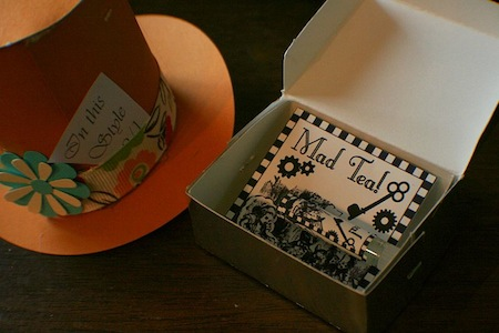 picture of alice in wonderland party favors