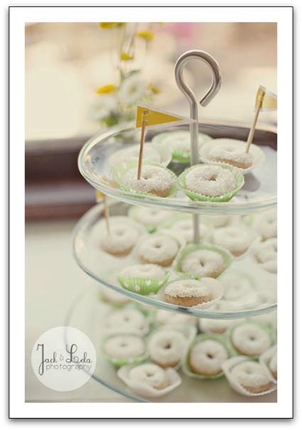 doughnut baby shower ideas