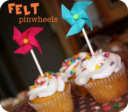 image of pinwheel baby shower cupcake toppers
