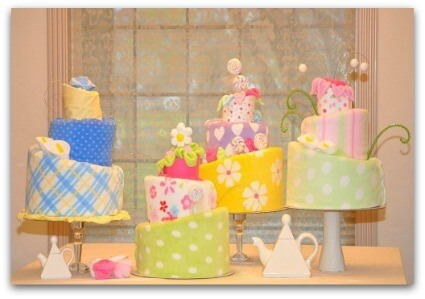 picture of topsy turvy diaper cake