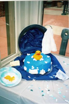 bath time duck cake picture