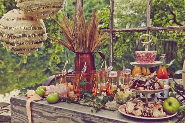 blake lively 39 s baby shower 2014 rustic outdoor woodsy theme