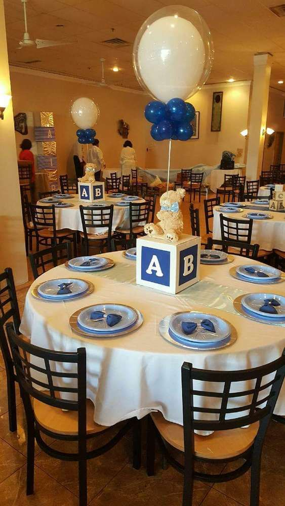 Image of blue balloon baby block centerpiece