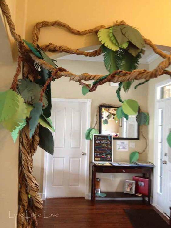 Dinosaur Party Decorations Image