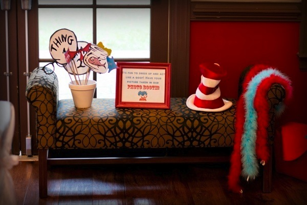 picture of adorable Dr Seuss Baby Shower with Thing 1 and Thing 2 decorations