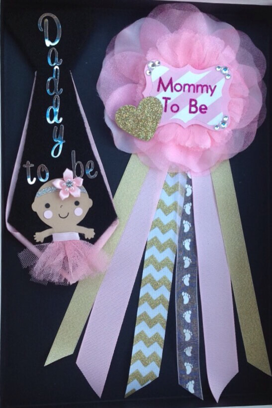 image of mommy and daddy baby shower corsages