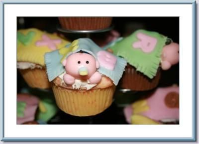cute picture of peek a boo baby cupcakes