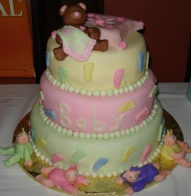 Cute, DIY teddy bear baby shower cakes