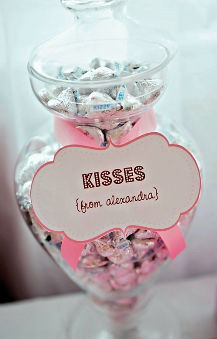 picture of Hershey's Kisses baby shower favors